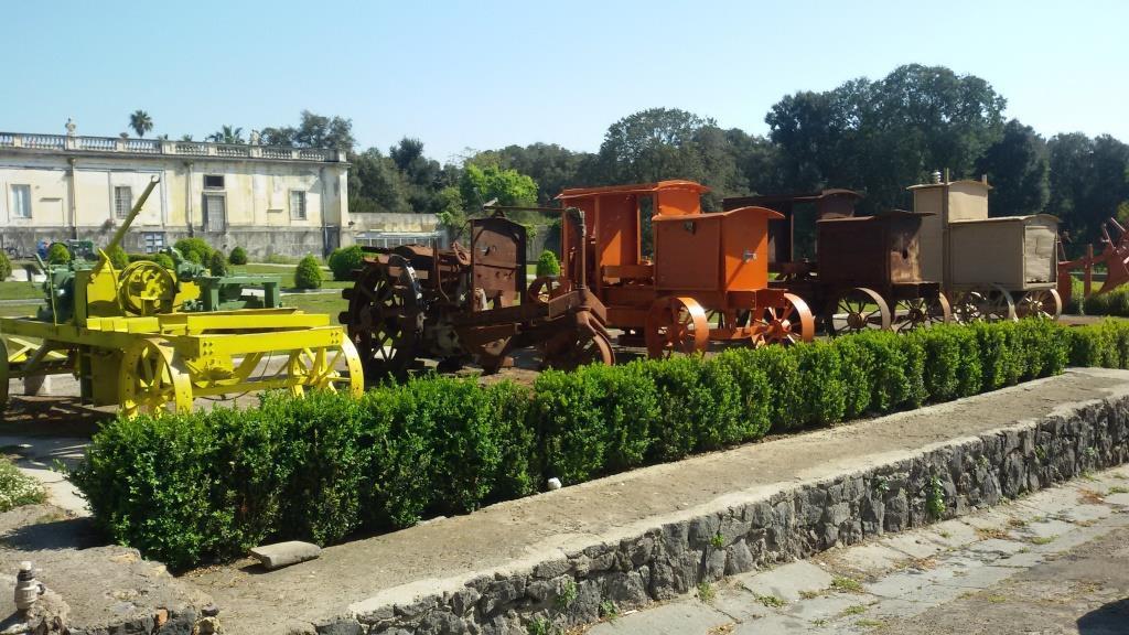 5 - macchine agricole d epoca, dal Museo delle Macchine Agricole della Facoltà di Agraria