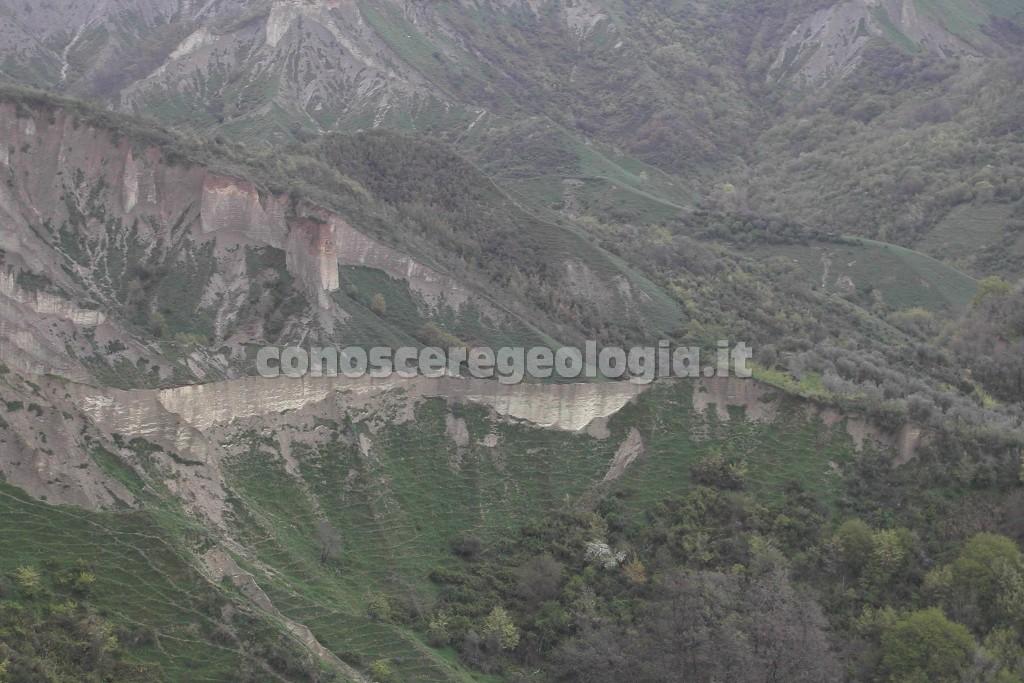 Civita di Bagnoregio - particolare delle formazioni argillose